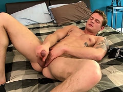 Tattooed design Trent Diesel beats his natural personally and fingers his butthole
