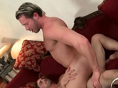 Unthinking sponger sits his tight asshole on a dick